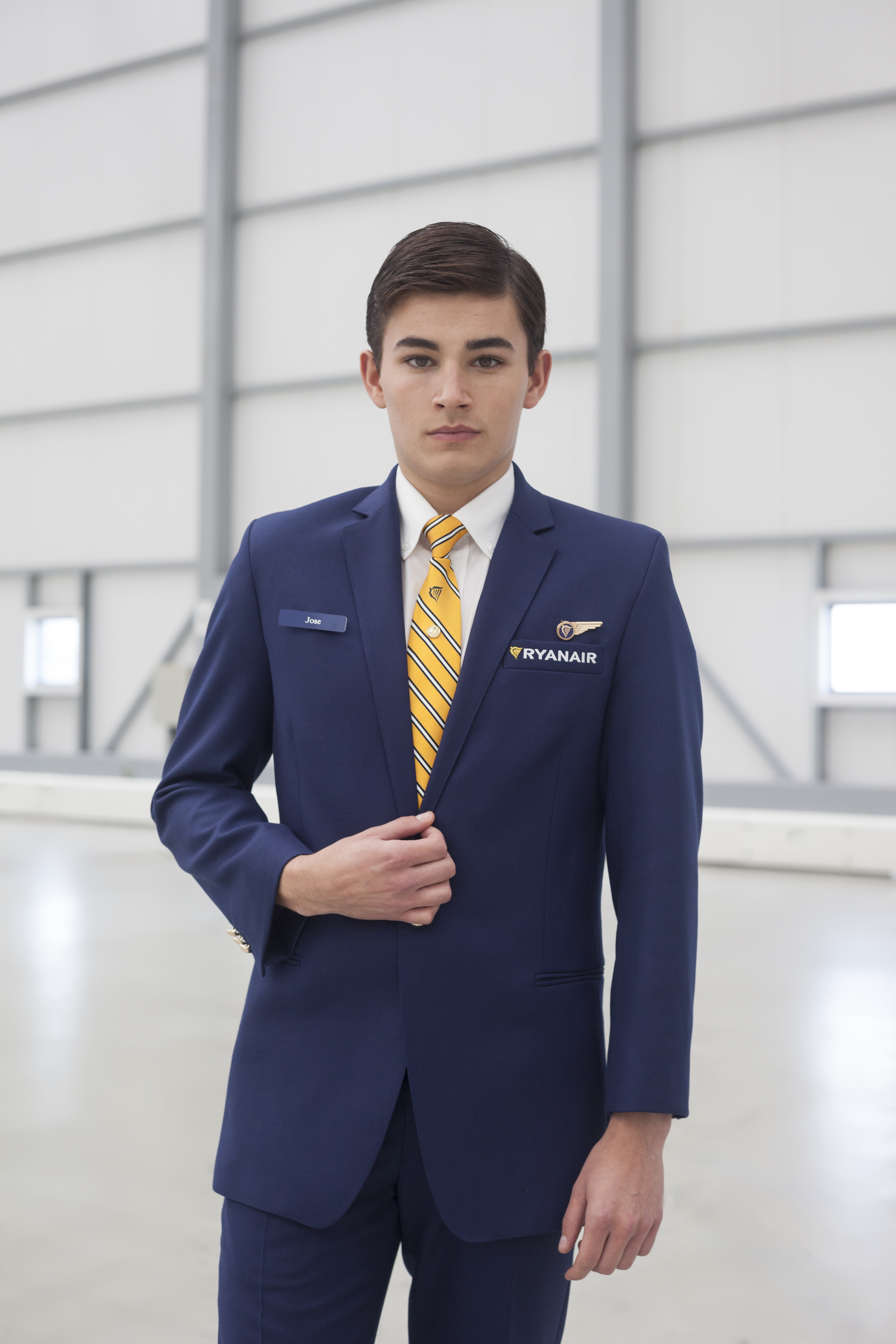 what is cabin crew The role of an air cabin crew member is to provide excellent customer service to passengers while ensuring their comfort and safety throughout the flight they're.