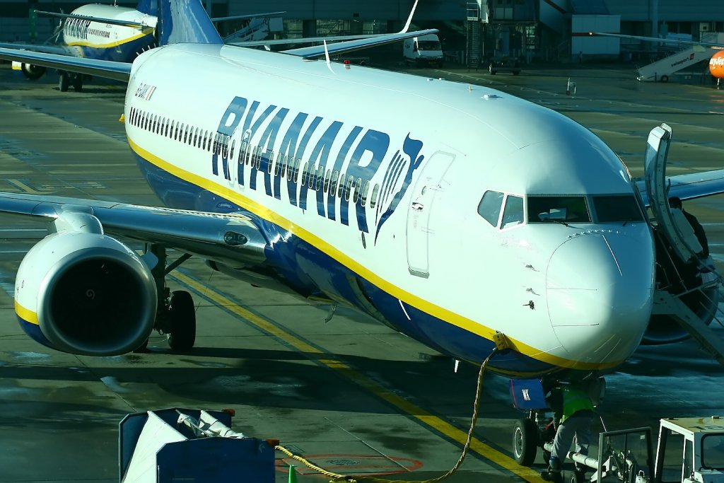 Ryanair Europe S No 1 Airline Today 6 Sep As Part Of Its Always Getting Better Programme Announced New Reduced Checked Bag Fees And Increased