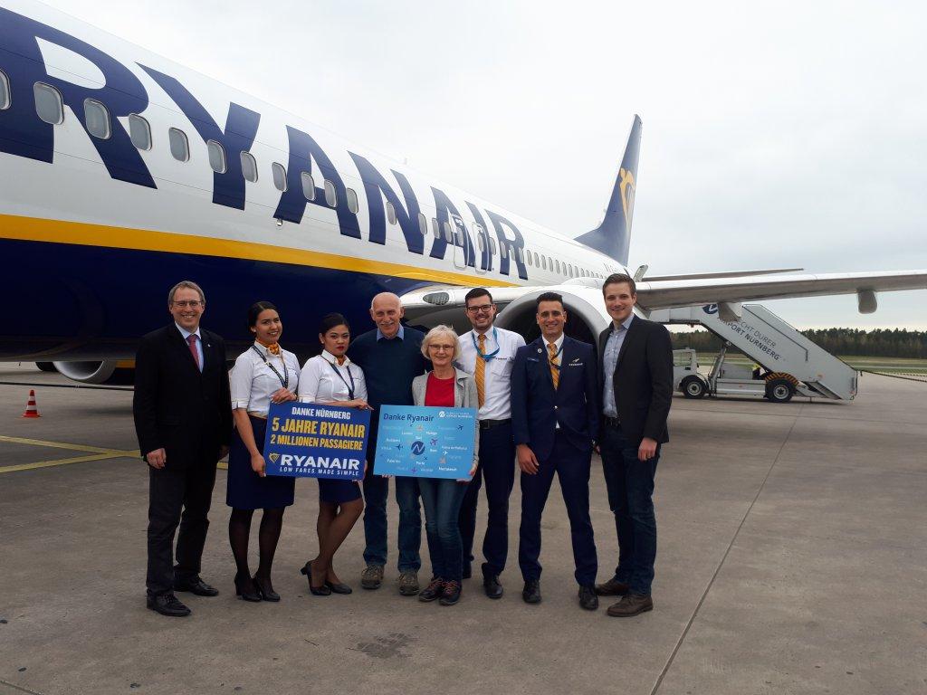 Ryanair Feiert 2 Mio Passagiere In Nürnberg Mit Einer