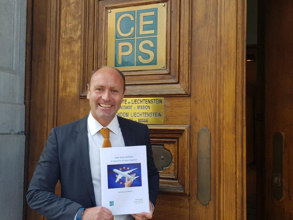 Αποτέλεσμα εικόνας για Report confirms contribution by low-cost airlines to European economy and integration